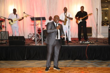 Gala Fundraising Host Jeh Jeh Pruitt